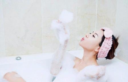 无痛人流术后多久以后可以接触凉水呢